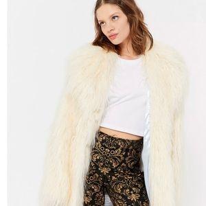 NWOT Urban Outfitters Shaggy Faux Fur Coat Size L